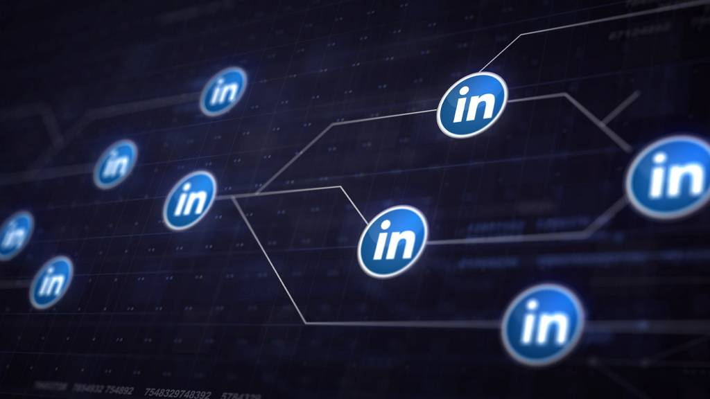 How to Connect with Your Target Audience Through LinkedIn